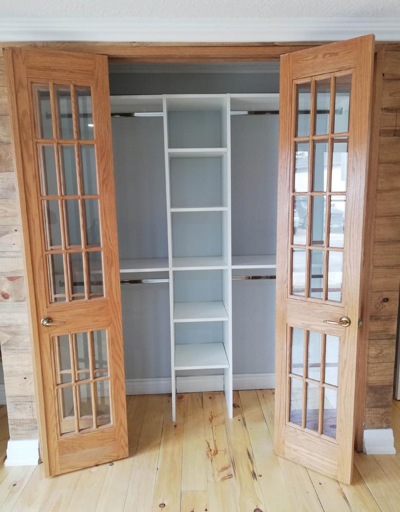 Reach-in-closets-02